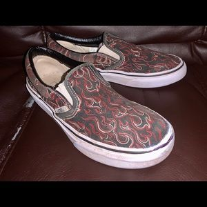 Kids size 2 slip on Vans black n red flames